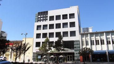 Exterior Building Facade View of Office Space For Lease at 5657 Wilshire Boulevard, Los Angeles, CA 90036