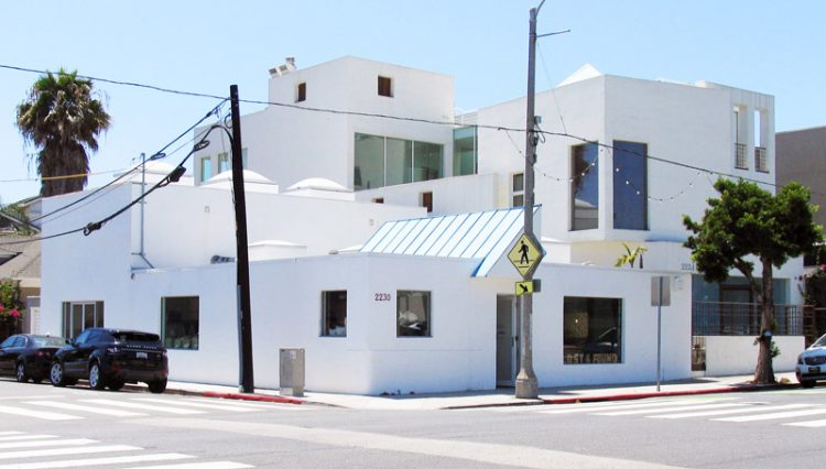 Exterior Street and Facade View of Retail Space at 2230 North Main Street, Santa Monica, CA 90405