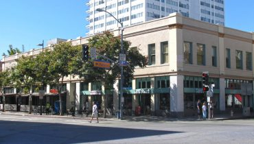 Exterior Facade Street View - Office Space For Lease - Par Commercial Brokerage - 127 Broadway, Santa Monica, CA 90401