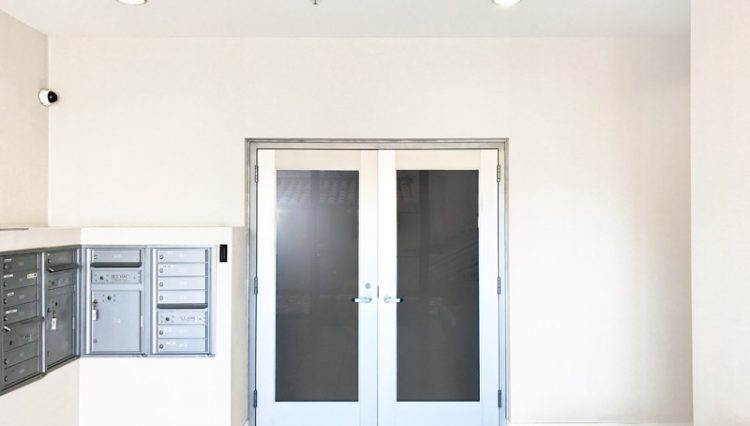 Double Door Entry View of Gym or Office Space For Lease at 1241 5th Street, Santa Monica, CA 90401