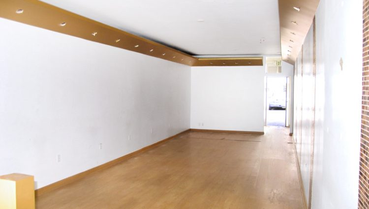 Interior White Wall Showroom View of Retail Space For Lease - Par Commercial Brokerage - 1130 Montana Avenue Santa Monica, CA 90403