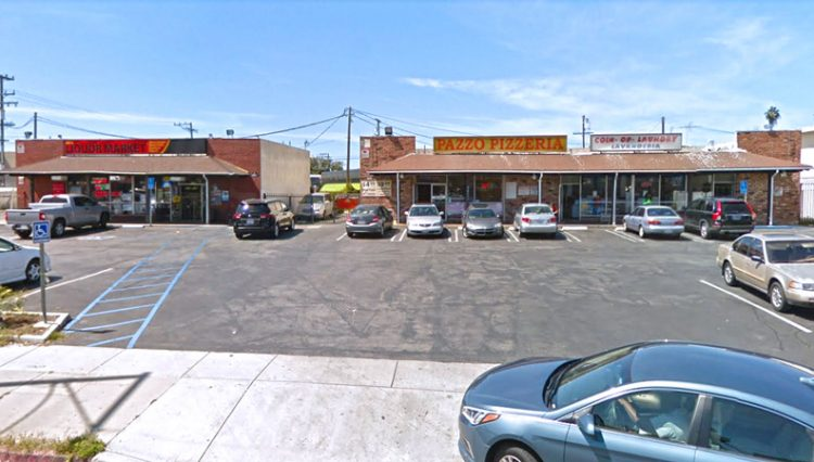 Exterior Parking Lot and Facade View of Business Opportunity Napoli Pizza at 14617 Crenshaw Boulevard, Gardena, CA 90249
