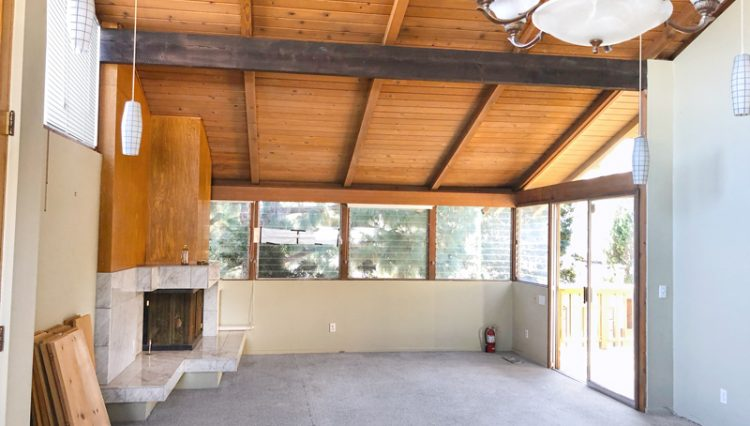 Interior View of an Apartment Living Room With High Vaulted Wood Ceilings at 811 to 813 18th Street, Santa Monica, CA 90403