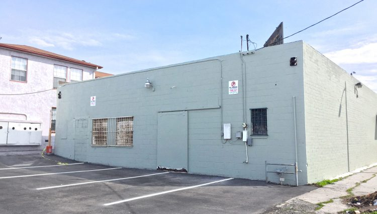Par Commercial Brokerage - 2323 W. Florence Avenue, Los Angeles, CA 90043
