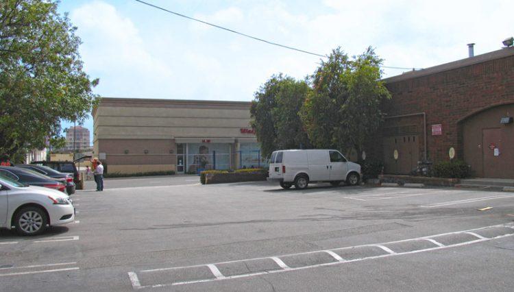 Par Commercial Brokerage - 2002 Wilshire Boulevard, Santa Monica CA 90403