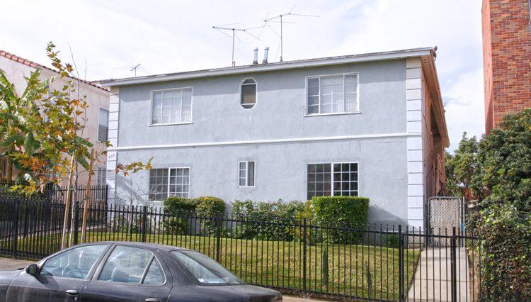 Par Commercial Brokerage - 225 N Kenmore Avenue, Los Angeles, CA 90004