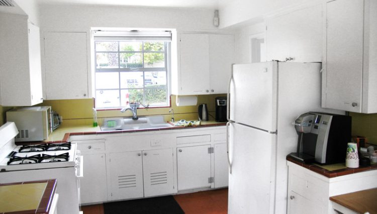 Interior Kitchen View of House for Lease with Retail Office Zoning at 1151 25th Street, Santa Monica, CA 90403