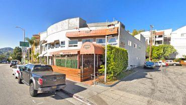 Exterior Entrance View of Restaurant for Sale at 15415 W Sunset Boulevard, Pacific Palisades 90272