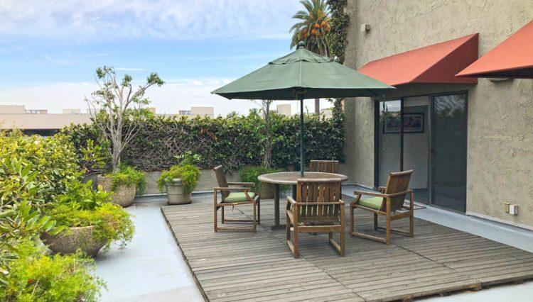 Par Commercial Brokerage - 1321 7th Street, Suite 300, Santa Monica, CA 90401