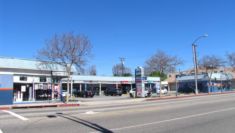 Street View of Retail Food Cafe Space For Lease at 1703, 1705 & 1713 Pico Boulevard, Santa Monica, CA 90405