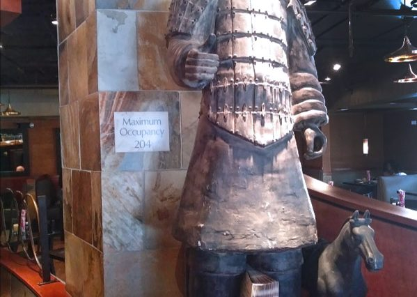 Interior View of Chinese Statue at Restaurant Space for Lease at 326 Wilshire Boulevard, Santa Monica, CA 90401
