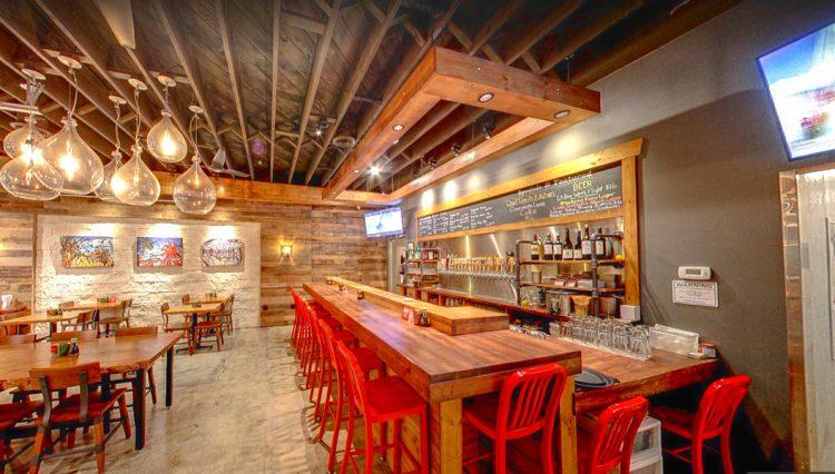 Interior Dining Room of Restaurant Space with Patio - Par Commercial Brokerage - 4410 Sepulveda Boulevard, Culver City, CA 90232