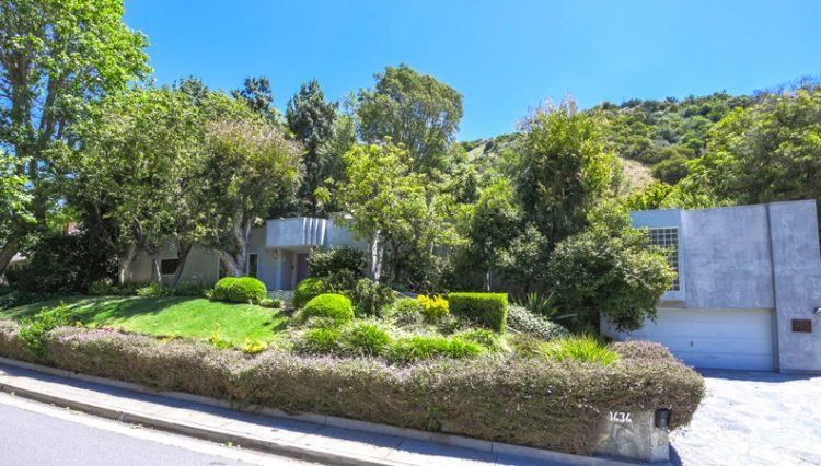 Par Commercial Brokerage -1434 ROSCOMARE ROAD, Los Angeles, CA 90077