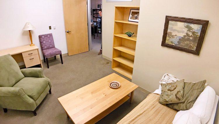 Par Commercial Brokerage - 2001 Barrington Avenue, Suite 121, Los Angeles, CA 90025